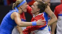Champions Czechs enter Fed Cup final