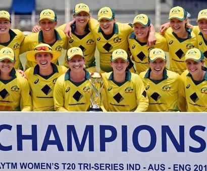 Lanning's blast powers Australia to T20 tri-series title