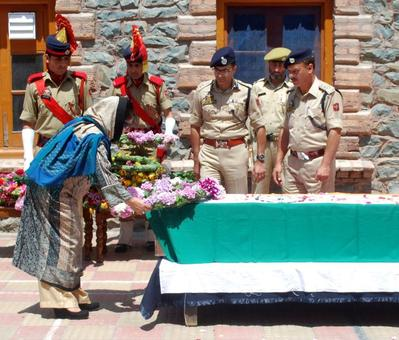 DSP stoned to death by mob outside Srinagar mosque; 2 arrested