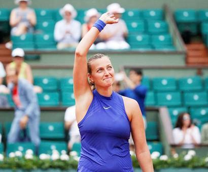 Kvitova makes emotional winning comeback at French Open