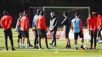 Dual Manchester slump adds gravitas to EFL Cup derby