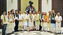 Tight rein on babus, tighter on ministers
