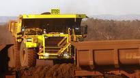 Iron ore to drop before year end, says Itau's Artur Manoel Passos