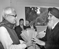 Nitish meets his Punjab counterpart