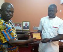 Information Minister Mohamed Bangura receives plaque of appreciation