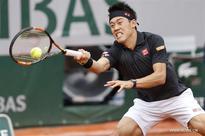 Kei Nishikori sweeps Simone Bolelli 3-0 at Roland Garros