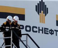 Russia signs Rosneft deal with Qatar, Glencore