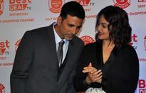 Akshay Kumar to romance Kingfisher calendar girl Aisha Sharma in 'Namastey England'?