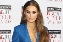 Cute! Roz Purcell posts adorable snap with new beau