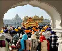 Thousands throng Golden Temple complex on New Year's Day