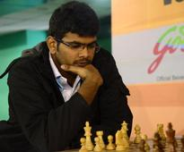 Lalith Babu moves closer to Popov