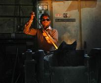 India can sustain 7.6% growth if stalled projects revived soon: World Bank