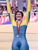 Veteran Anna Meares named flagbearer for Rio