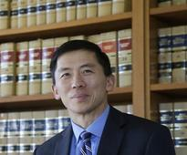 Few Asian-Americans hold top legal jobs, new study says
