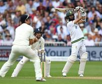 Amla strengthens South Africas grip on second Test