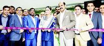 Malabar Gold & Diamonds opens 150th outlet  Kareena Kapoor Khan inaugurates showroom in Belagavi, India