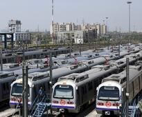 Delhi Metro: Women can now carry lighter, matchbox and knife on board trains