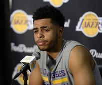 DAngelo Russell said he used to play as Luke Walton on NBA 2K; Stephen Jackson calls that crap