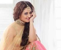 Rashami Desai flooded with compliments