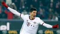 Lewandowski's last-gasp goal earns Bayern 2-1 win at Freiburg