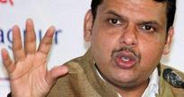 Fadnavis apologises to Hazare for any security lapse