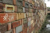 Hindu, Muslim leaders meet to settle Ayodhya dispute