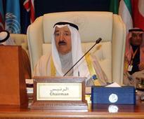 Gulf diplomatic crisis: Kuwait emir leaves for Saudi Arabia, hopes to mediate in Qatar dispute