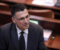Poll shows public wants Sa'ar to head centrist party