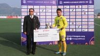 AFC Cup - Lalthuamawia Ralte - Taking the steed from Amrinder in Bengaluru's goal