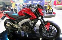How does Bajaj Pulsar CS400 stack up against KTM Duke 200? Watch the viral video