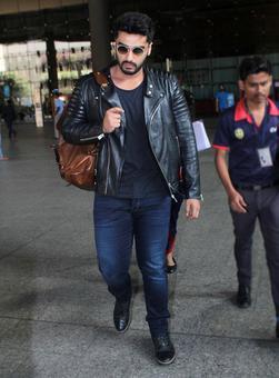 Arjun Kapoor leaves for Dubai