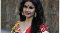 Iss Pyaar Ko Kya Naam Doon 3: Shivani Tomar UNVEILS her FIRST desi look!