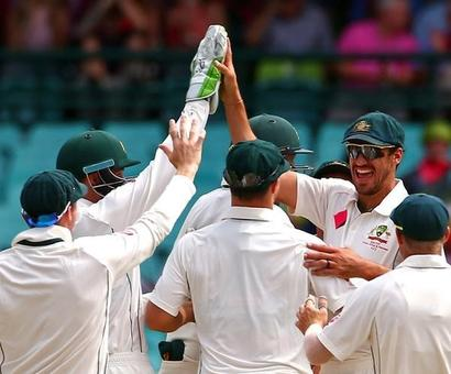 PHOTOS: Younis shines but Australia in charge in Sydney