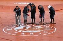 Nadal snub row as rain hits French Open