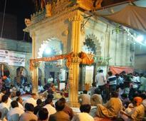 Tour operators to facilitate Hindu, Sikh devotees in Pakistan