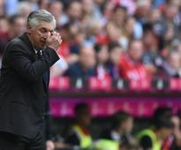 Lahm, Ancelotti slam Bayern's 'bad attitude'