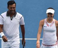 French Open: Paes, Hingis make winning start in mixed doubles
