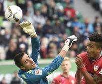 Stuttgart relegated after 41 years, late winner saves Werder