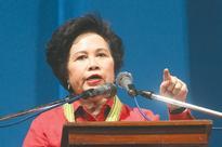Miriam questions sudden lead of Robredo