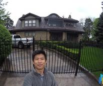 What I discovered when I visited Warren Buffett's home