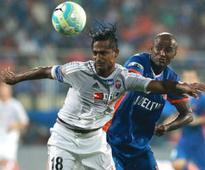 ISL 2016: FC Pune City's Ravanan Dharmaraj handed two