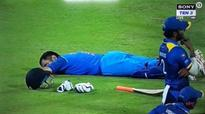 Watch: Dhoni takes a nap in the middle & twitter goes 'wow!'