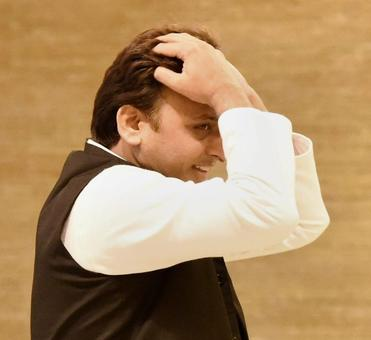 Controversy dogs Akhilesh ministry expansion