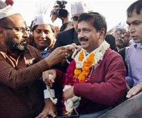 Kejriwal says he can take on Modi