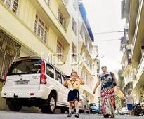 Mumbai co-operative housing society celebrates 75th birthday