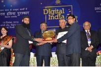 J&K State Won GOLD Web Ratna Award under District Category