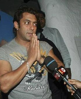 Salman Khan to appear in Jodhpur court today in Arms Act case