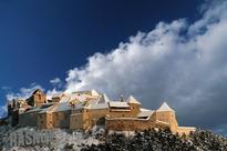 Conde Nast Traveler puts Romanian citadel on a list of 10 most beautiful snow...