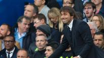 Antonio Conte defended by Chelsea's Pedro after Jose Mourinho exchange