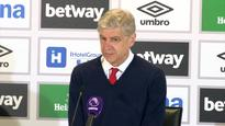 Arsene Wenger believes Arsenal star Alexis Sanchez can be a world-class number nine